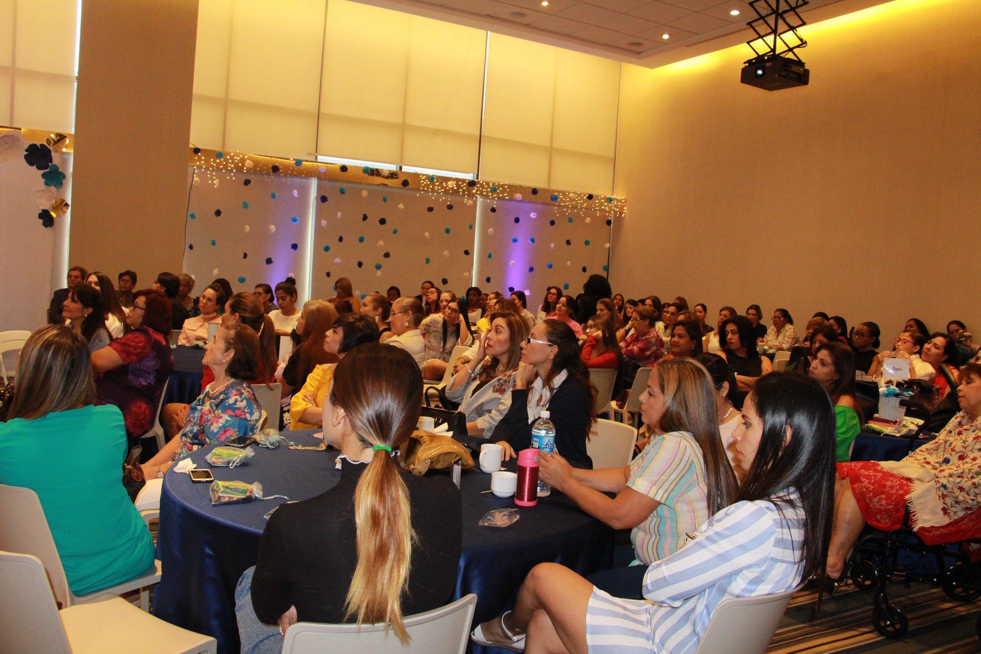 Mujeres Agentes de Paz – Panamá